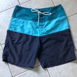 Gap men's swim trunks with pockets size large